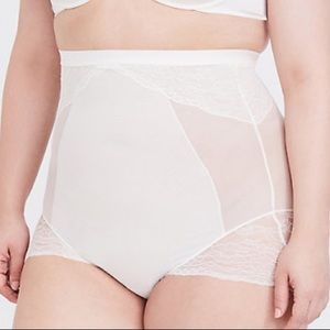 SPANX Spotlight on Lace High-Waisted Brief Size 1X